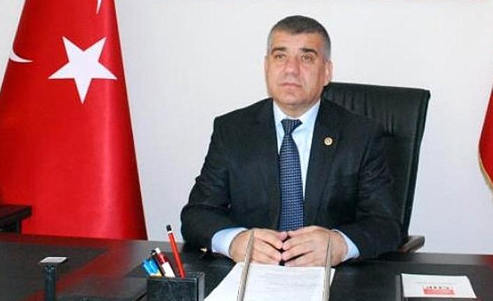 Ramis Topal'dan devlet madalyalarından Atatürk Nişanı'nın kaldırılması ve andımız tepkisi